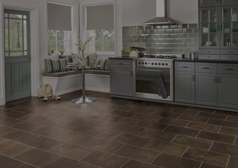 Kingfisher_Classic-Limed-Oak-kitchen